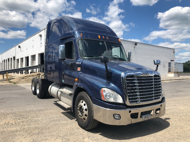 Sleeper Tractor-Heavy Duty Tractors-Freightliner-2014-Cascadia 12564ST-PENNSAUKEN-NJ-588,234 miles-$49,000