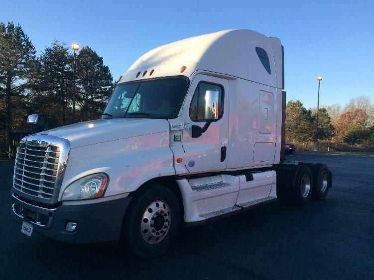 Sleeper Tractor-Heavy Duty Tractors-Freightliner-2014-Cascadia 12564ST-WINSTON SALEM-NC-456,545 miles-$56,500