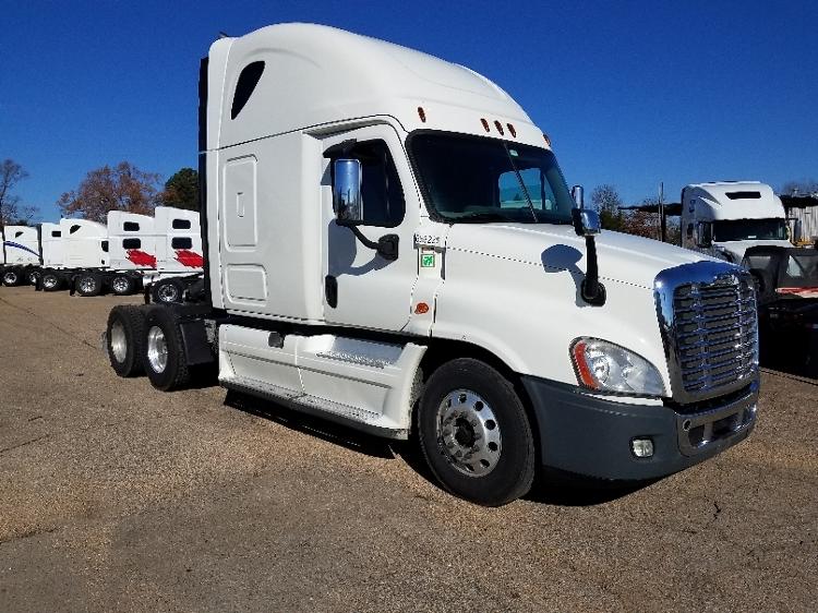 Sleeper Tractor-Heavy Duty Tractors-Freightliner-2014-Cascadia 12564ST-BELDEN-MS-579,165 miles-$51,000