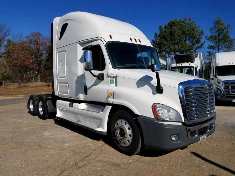 Sleeper Tractor-Heavy Duty Tractors-Freightliner-2014-Cascadia 12564ST-BELDEN-MS-580,949 miles-$51,000