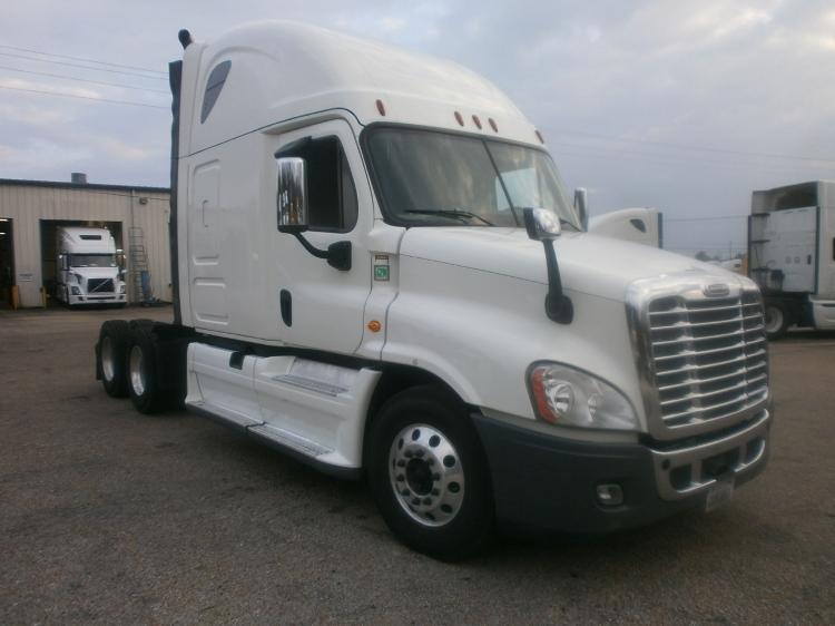 Sleeper Tractor-Heavy Duty Tractors-Freightliner-2014-Cascadia 12564ST-BELDEN-MS-486,201 miles-$58,000