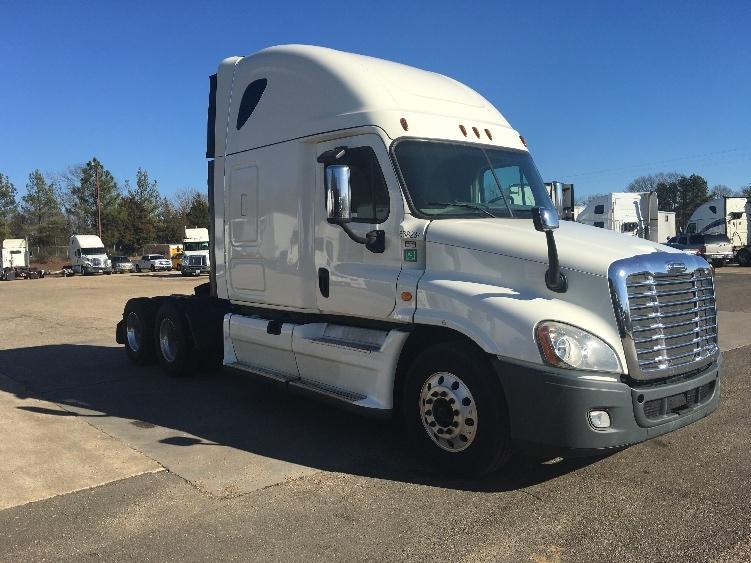 Sleeper Tractor-Heavy Duty Tractors-Freightliner-2014-Cascadia 12564ST-BELDEN-MS-578,848 miles-$51,000