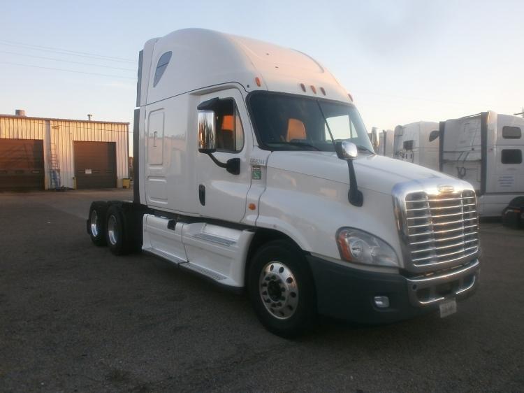 Sleeper Tractor-Heavy Duty Tractors-Freightliner-2014-Cascadia 12564ST-BELDEN-MS-577,916 miles-$51,000