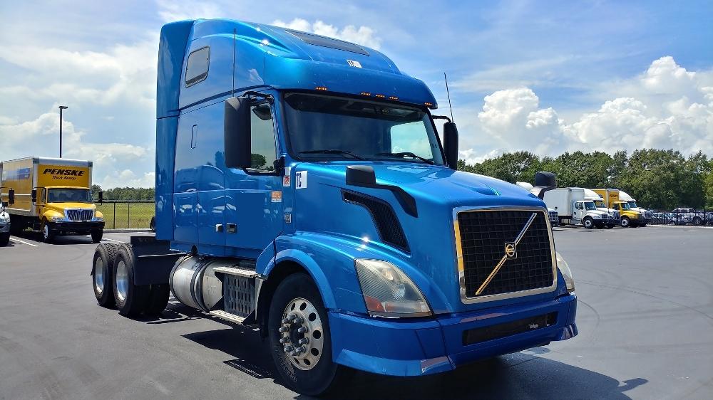 Sleeper Tractor-Heavy Duty Tractors-Volvo-2014-VNL64T670-MOBILE-AL-492,042 miles-$42,250