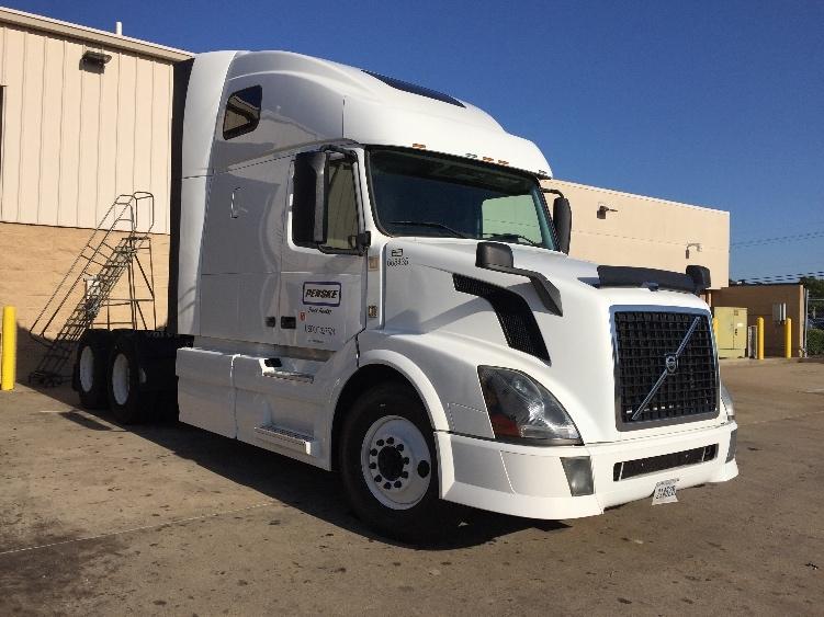 sale truck for volvo semi miles trucks sleeper