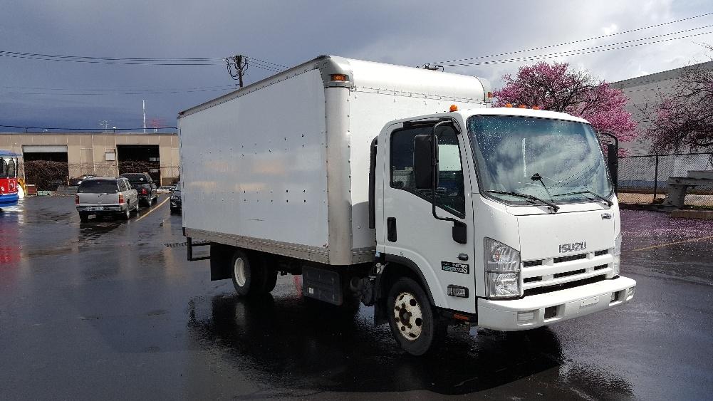 Medium Duty Box Truck-Light and Medium Duty Trucks-Isuzu-2012-NPR-SAINT LOUIS-MO-235,209 miles-$14,750