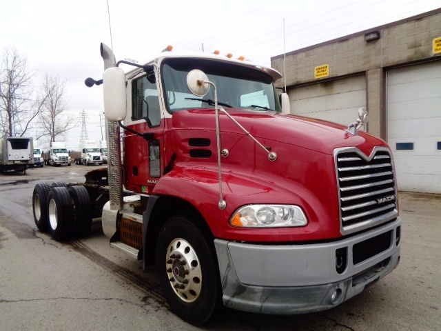Day Cab Tractor-Heavy Duty Tractors-Mack-2013-CXU613-LONDON-ON-1,110,787 km-$38,750