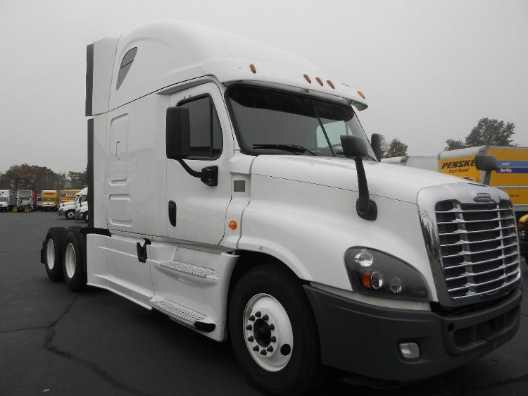Sleeper Tractor-Heavy Duty Tractors-Freightliner-2014-Cascadia 12564ST-WESTFIELD-MA-497,934 miles-$50,000