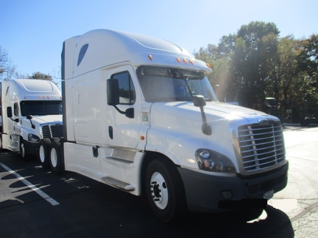 Sleeper Tractor-Heavy Duty Tractors-Freightliner-2014-Cascadia 12564ST-BALTIMORE-MD-435,552 miles-$56,000