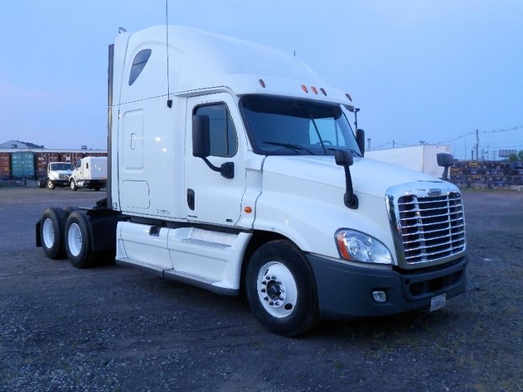 Sleeper Tractor-Heavy Duty Tractors-Freightliner-2014-Cascadia 12564ST-CHICAGO RIDGE-IL-691,000 miles-$45,750