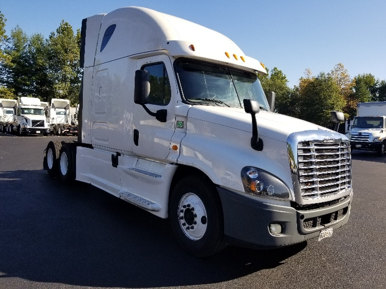 Sleeper Tractor-Heavy Duty Tractors-Freightliner-2014-Cascadia 12564ST-ESSEX-MD-716,136 miles-$44,000