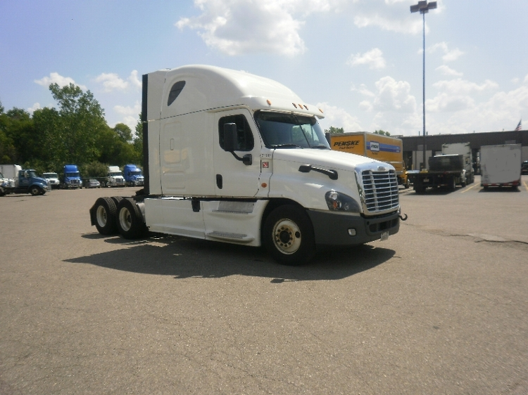 Sleeper Tractor-Heavy Duty Tractors-Freightliner-2014-Cascadia 12564ST-BROOKLYN PARK-MN-637,135 miles-$47,750