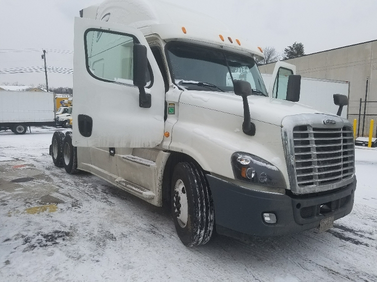 Sleeper Tractor-Heavy Duty Tractors-Freightliner-2014-Cascadia 12564ST-BALTIMORE-MD-444,000 miles-$55,500