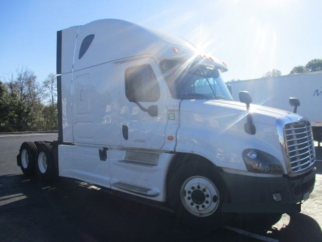 Sleeper Tractor-Heavy Duty Tractors-Freightliner-2014-Cascadia 12564ST-BALTIMORE-MD-464,973 miles-$54,500