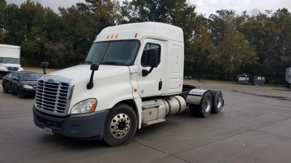 Sleeper Tractor-Heavy Duty Tractors-Freightliner-2014-Cascadia 12564ST-GARDEN CITY-GA-316,002 miles-$53,250