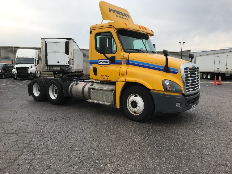 Day Cab Tractor-Heavy Duty Tractors-Freightliner-2014-Cascadia 12564ST-EARTH CITY-MO-306,881 miles-$44,500