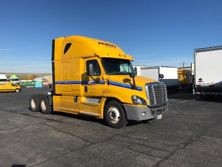 Sleeper Tractor-Heavy Duty Tractors-Freightliner-2014-Cascadia 12564ST-BLOUNTVILLE-TN-500,775 miles-$43,500