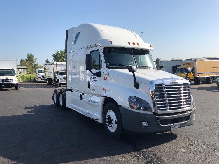Sleeper Tractor-Heavy Duty Tractors-Freightliner-2014-Cascadia 12564ST-WILSONVILLE-OR-547,783 miles-$39,750