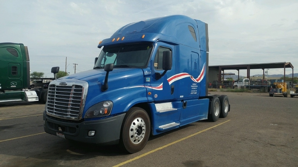 Sleeper Tractor-Heavy Duty Tractors-Freightliner-2014-Cascadia 12564ST-PHOENIX-AZ-720,482 miles-$25,000