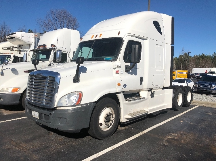 Sleeper Tractor-Heavy Duty Tractors-Freightliner-2014-Cascadia 12564ST-DULUTH-GA-402,583 miles-$56,500