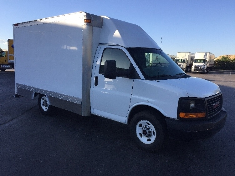 Light Duty Box Truck-Light and Medium Duty Trucks-GMC-2013-Savana G33503-CHATTANOOGA-TN-125,049 miles-$18,250