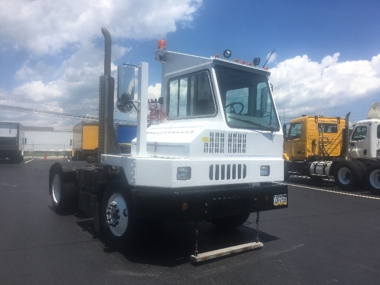 Yard Truck-Heavy Duty Tractors-Ottawa-2013-YT30-CARLISLE-PA-82,759 miles-$68,500