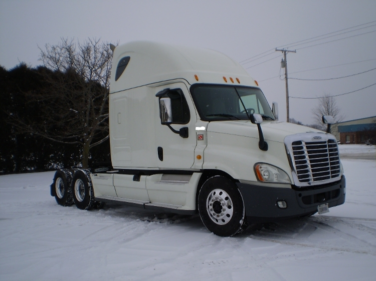 Sleeper Tractor-Heavy Duty Tractors-Freightliner-2014-Cascadia 12564ST-SPARKS-NV-533,565 miles-$53,750