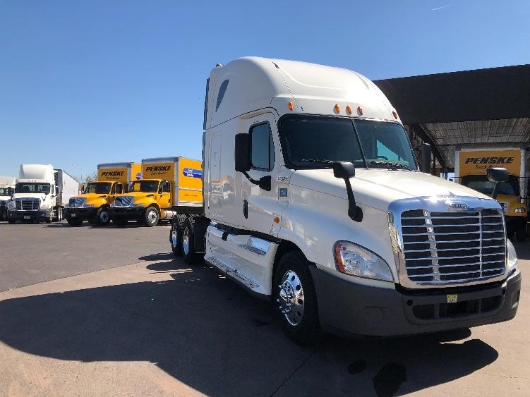 Sleeper Tractor-Heavy Duty Tractors-Freightliner-2014-Cascadia 12564ST-PHOENIX-AZ-377,777 miles-$61,500