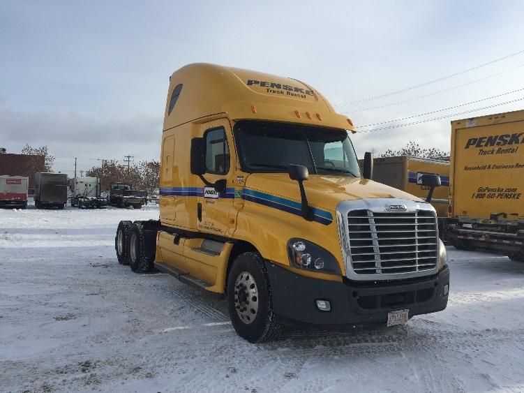 Sleeper Tractor-Heavy Duty Tractors-Freightliner-2014-Cascadia 12564ST-EDMONTON-AB-872,899 km-$59,000