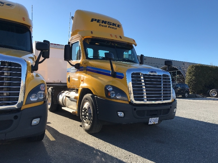 Day Cab Tractor-Heavy Duty Tractors-Freightliner-2014-Cascadia 12564ST-DELTA-BC-444,276 km-$59,000