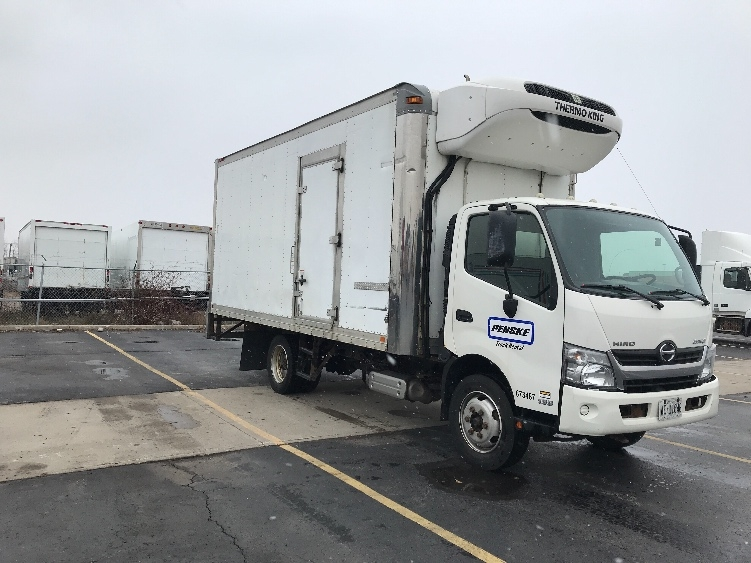 Reefer Truck-Light and Medium Duty Trucks-Hino-2013-195-MISSISSAUGA-ON-167,427 km-$42,250