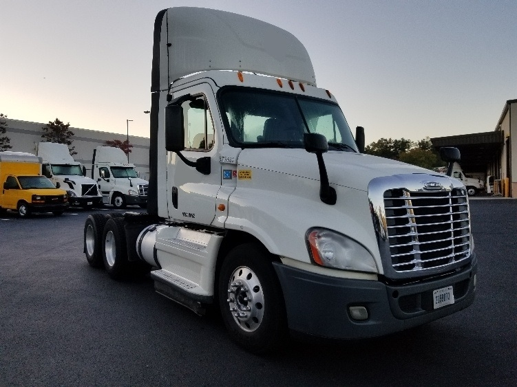Day Cab Tractor-Heavy Duty Tractors-Freightliner-2014-Cascadia 12564ST-LITHIA SPRINGS-GA-699,399 miles-$27,500