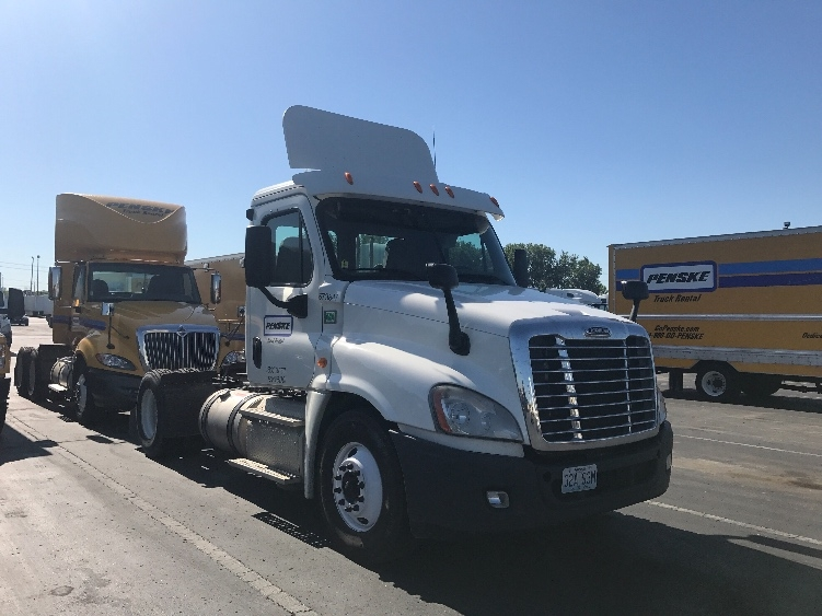Day Cab Tractor-Heavy Duty Tractors-Freightliner-2014-Cascadia 12542ST-KANSAS CITY-MO-249,207 miles-$62,750