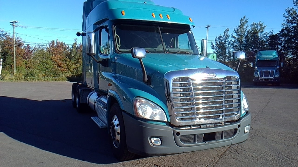 Sleeper Tractor-Heavy Duty Tractors-Freightliner-2014-Cascadia 12564ST-MISSISSAUGA-ON-696,798 km-$56,500