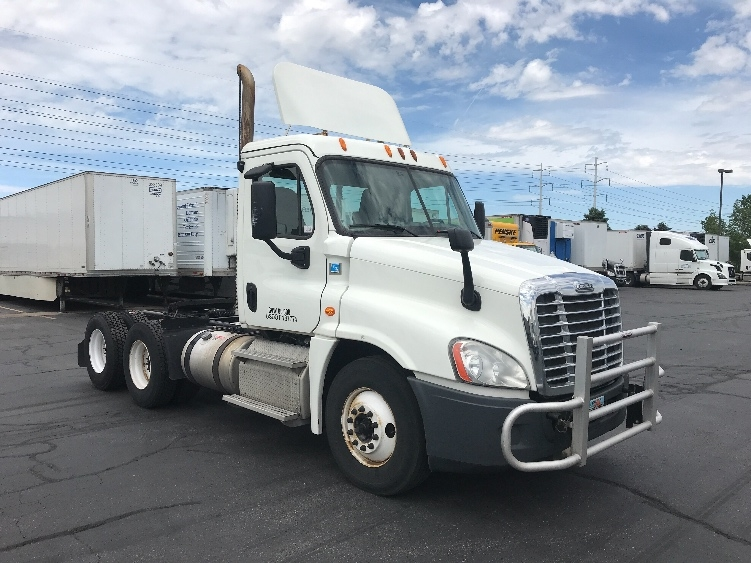 Day Cab Tractor-Heavy Duty Tractors-Freightliner-2014-Cascadia 12564ST-SALT LAKE CITY-UT-515,697 miles-$40,500
