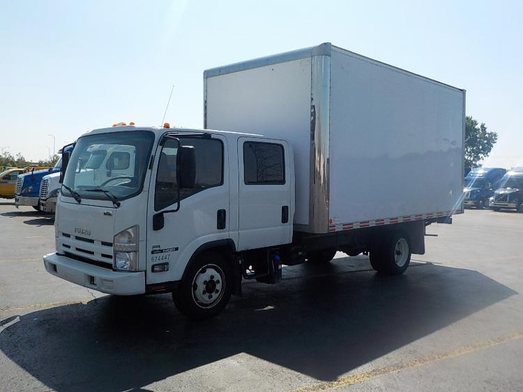 Medium Duty Box Truck-Light and Medium Duty Trucks-Isuzu-2014-NQR-SAINT LAURENT-PQ-84,737 km-$48,000