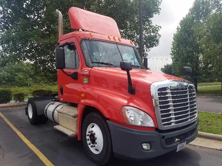 Day Cab Tractor-Heavy Duty Tractors-Freightliner-2014-Cascadia 12542ST-CHARLOTTE-NC-144,993 miles-$56,500