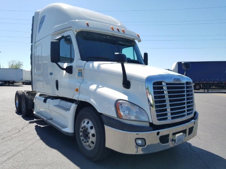 Sleeper Tractor-Heavy Duty Tractors-Freightliner-2014-Cascadia 12564ST-WILSONVILLE-OR-530,853 miles-$44,750