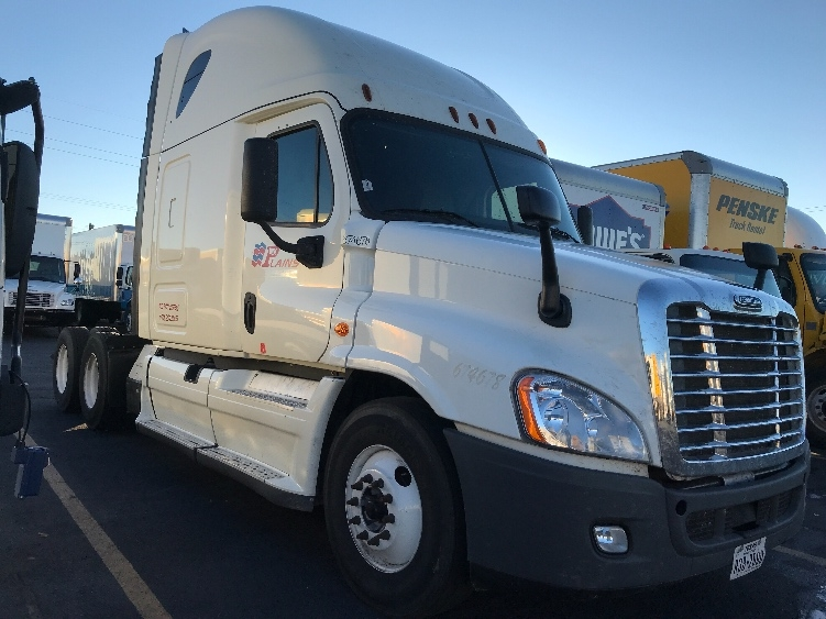 Sleeper Tractor-Heavy Duty Tractors-Freightliner-2014-Cascadia 12564ST-ALBUQUERQUE-NM-498,531 miles-$43,750