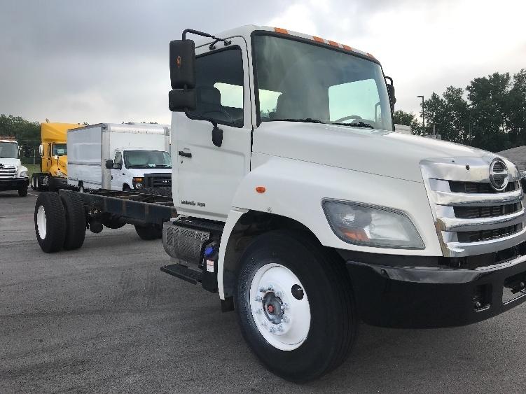 Used Light And Medium Duty Trucks Trucks In Il For Sale Penske