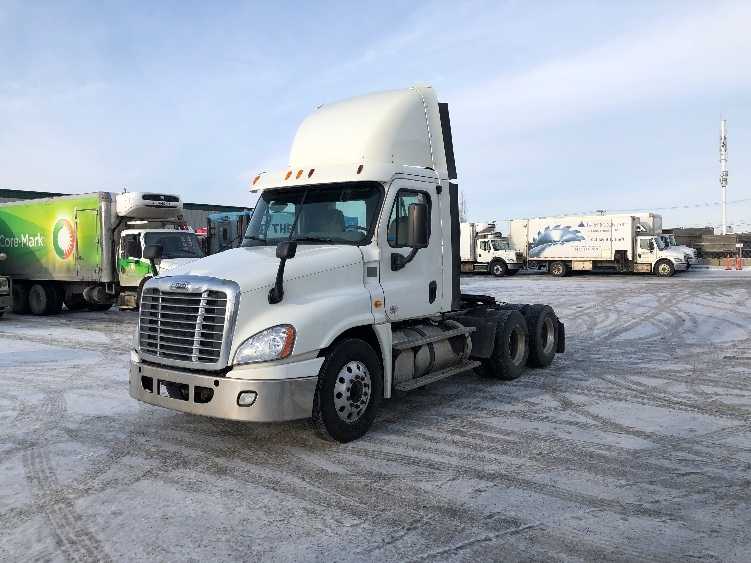 Day Cab Tractor-Heavy Duty Tractors-Freightliner-2014-Cascadia 12564ST-CALGARY-AB-429,147 km-$49,500