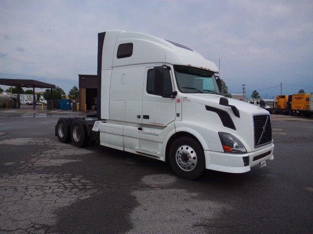 Sleeper Tractor-Heavy Duty Tractors-Volvo-2014-VNL64T670-LITTLE ROCK-AR-592,608 miles-$52,500
