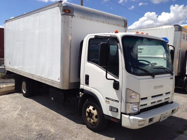 Medium Duty Box Truck-Light and Medium Duty Trucks-Isuzu-2014-NPR-CHICAGO RIDGE-IL-110,196 miles-$23,000