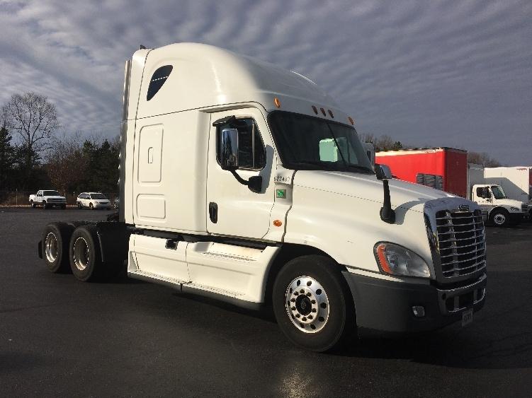 Sleeper Tractor-Heavy Duty Tractors-Freightliner-2014-Cascadia 12564ST-WINSTON SALEM-NC-523,710 miles-$55,750