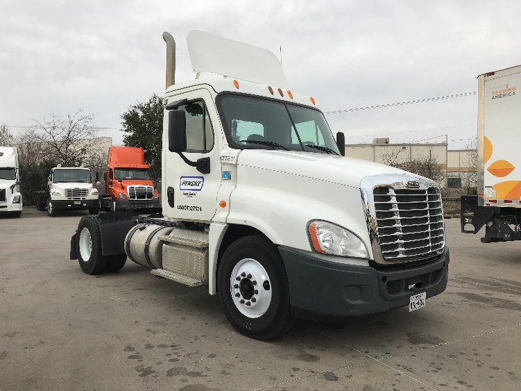 Day Cab Tractor-Heavy Duty Tractors-Freightliner-2014-Cascadia 12542ST-CARROLLTON-TX-182,907 miles-$58,000