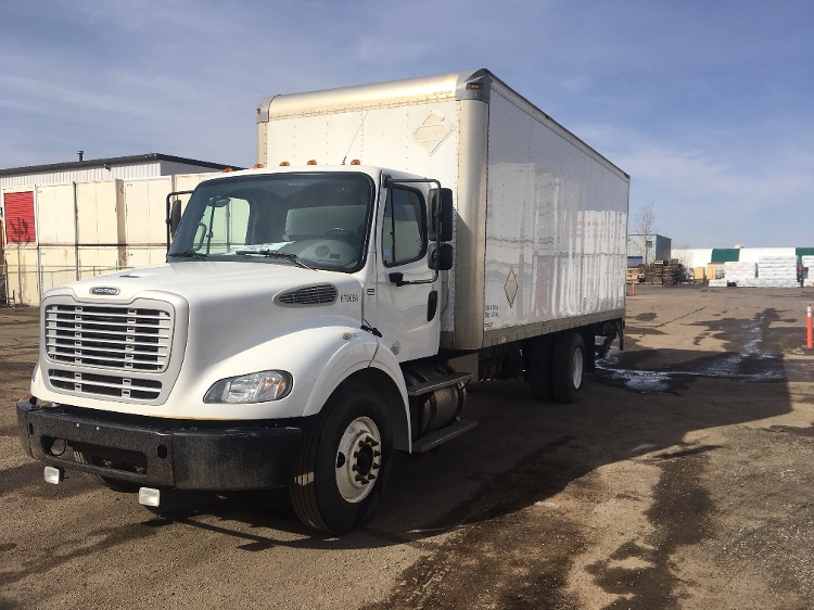 Medium Duty Box Truck-Light and Medium Duty Trucks-Freightliner-2014-M211242S-EDMONTON-AB-318,140 km-$58,750