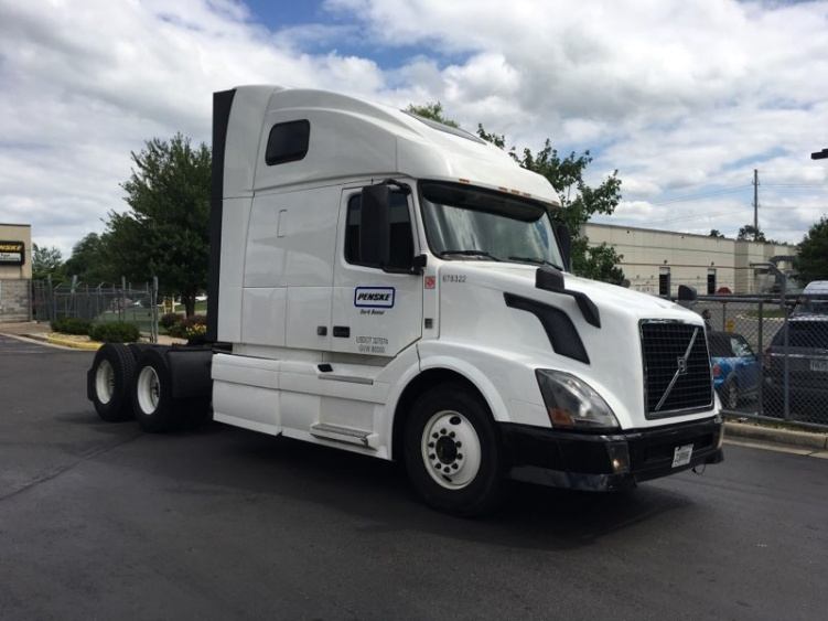 Sleeper Tractor-Heavy Duty Tractors-Volvo-2014-VNL64T670-CAPITOL HEIGHTS-MD-487,560 miles-$44,750