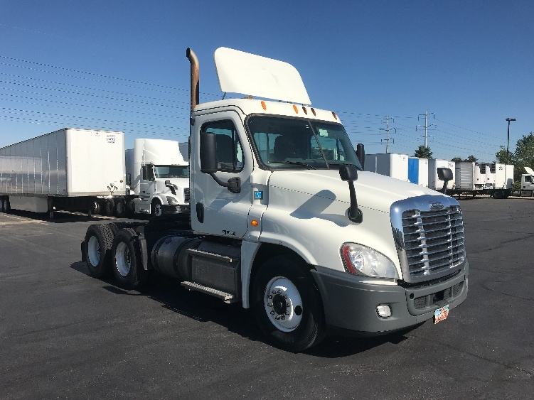 Day Cab Tractor-Heavy Duty Tractors-Freightliner-2014-Cascadia 12564ST-SALT LAKE CITY-UT-431,623 miles-$45,500