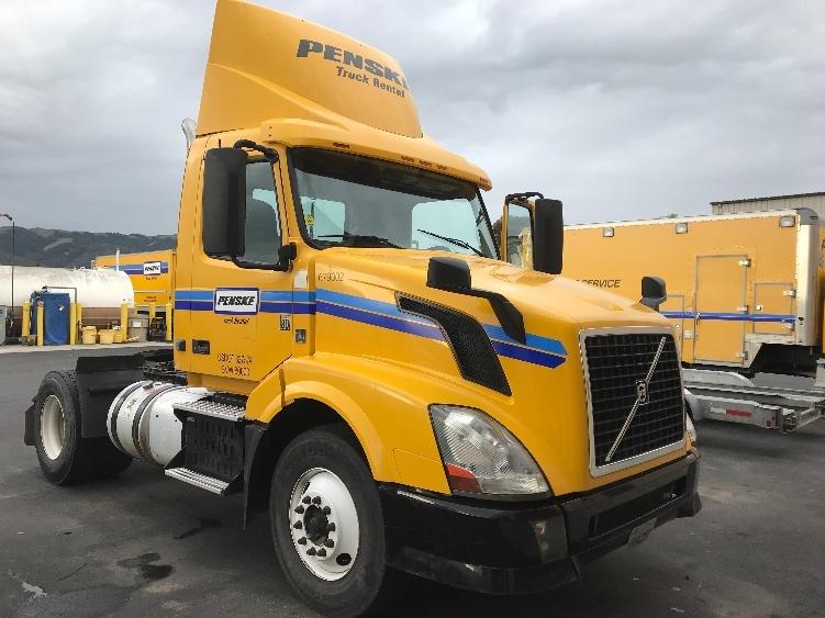 Day Cab Tractor-Heavy Duty Tractors-Volvo-2014-VNL42300-WEST SACRAMENTO-CA-265,165 miles-$44,250