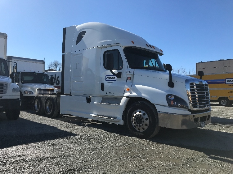 Sleeper Tractor-Heavy Duty Tractors-Freightliner-2014-Cascadia 12564ST-ABBOTSFORD-BC-780,143 km-$49,250